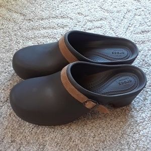 CROCS SARAH CLOGS